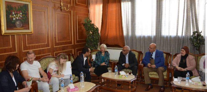 وفد بيلاروسيا بالمؤسسة الثقافية العمالية